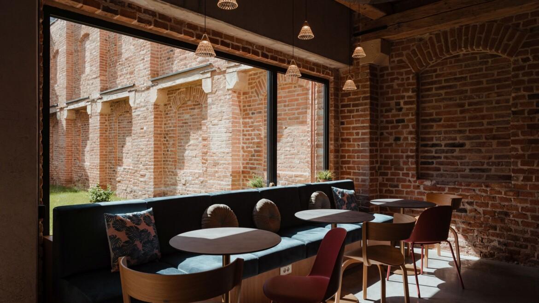 Work cafe 4