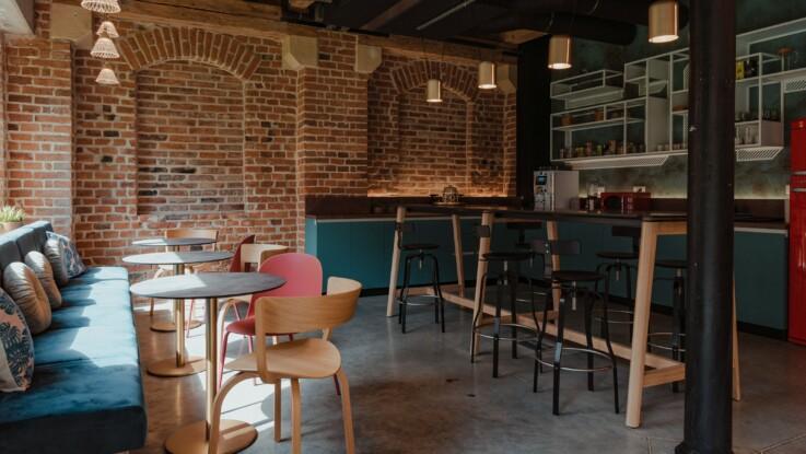 Work cafe 6
